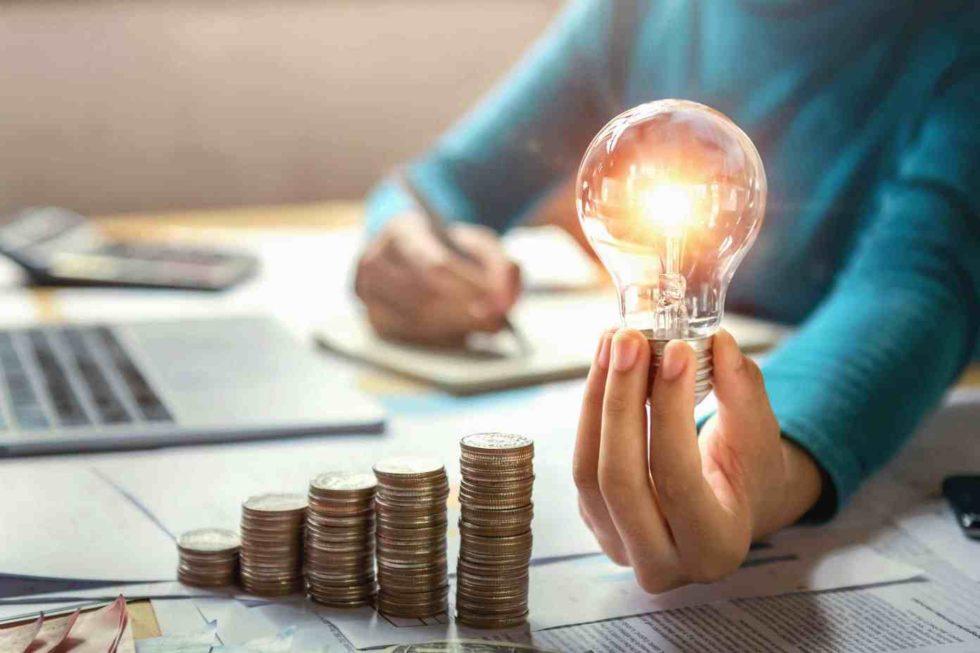 Energia elétrica cada vez mais cara? Invista em energia solar!
